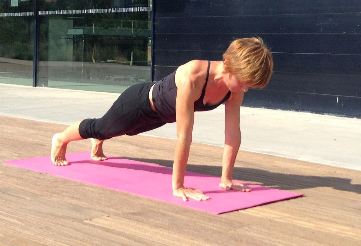 44x30 yoga2